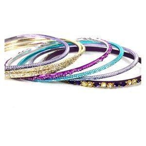 Jewelry - Set of Vintage Bangles